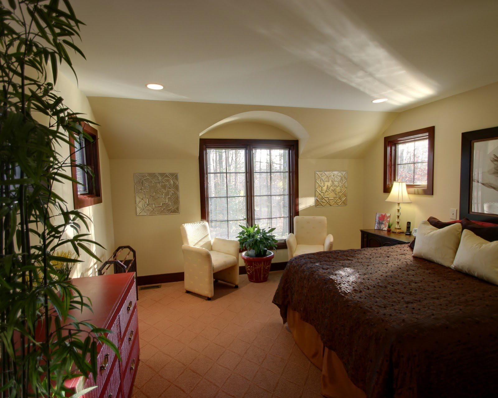 Design Ideas for a 3 Bedroom House: Bedroom Decorating Ideas
